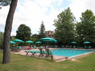 2 bedroom Villa in Selvatelle, Tuscany, Italy : ref 5388283