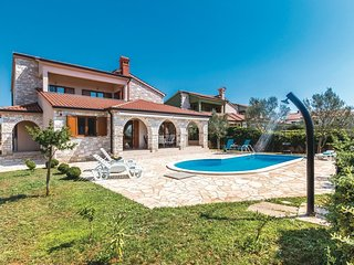 3 bedroom Villa in Galizana, Istria, Croatia : ref 5520765