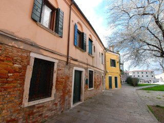 2 bedroom Apartment in Sestiere di Castello, Veneto, Italy : ref 5557718