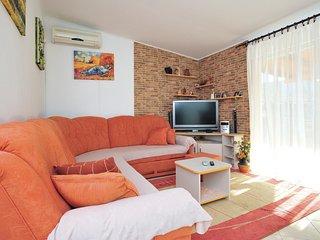 2 bedroom Villa in Donji Radošić, Splitsko-Dalmatinska Županija, Croatia : ref 5
