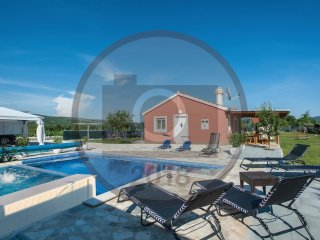2 bedroom Villa in Donji Radosic, Splitsko-Dalmatinska Zupanija, Croatia : ref 5
