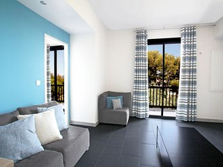 3 bedroom Apartment in Le Brusc, Provence-Alpes-Côte d'Azur, France - 5026048