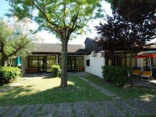 2 bedroom Villa in Casalborsetti, Emilia-Romagna, Italy : ref 5039310