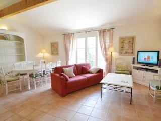 3 bedroom Apartment in Le Mitan, Provence-Alpes-Côte d'Azur, France : ref 556556