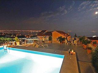 1 bedroom Apartment in Lovran, Primorsko-Goranska Zupanija, Croatia : ref 505298