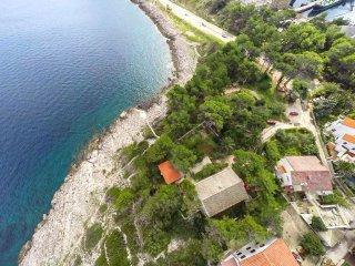 House Ljiljana (61732-K1)