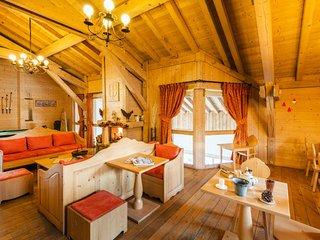 2 bedroom Apartment in Samoëns, Auvergne-Rhône-Alpes, France : ref 5250953