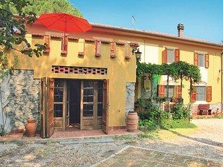 4 bedroom Villa in Pastina, Tuscany, Italy : ref 5446500