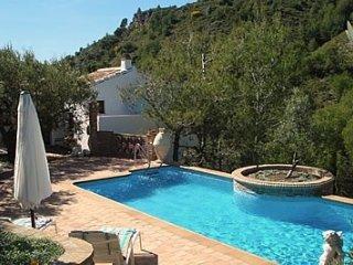 Frigiliana Villa Sleeps 4 with Pool and Air Con - 5049885