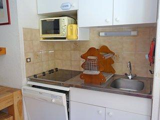 Le Cugnon Apartment Sleeps 6 with WiFi - 5699659