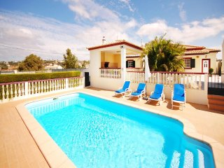 3 bedroom Villa in Salgados, Faro, Portugal : ref 5456105