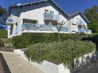 2 bedroom Apartment in Capbreton, Nouvelle-Aquitaine, France : ref 5387730