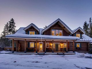 Quintessential Colorado Log Home Splendor on 2 Private Wooded Acres