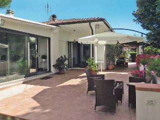 2 bedroom Villa in San Giusto, Tuscany, Italy : ref 5446355