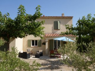 3 bedroom Villa in Saint-Remy-de-Provence, Provence-Alpes-Cote d'Azur, France :