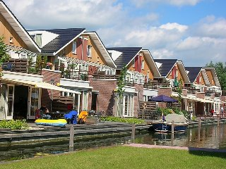 Uitgeest Apartment Sleeps 6 with WiFi - 5028173