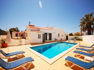 4 bedroom Villa in Salgados, Faro, Portugal : ref 5454964