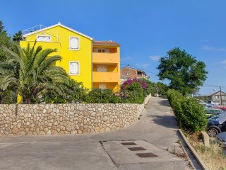 Two bedroom apartment Mali Losinj (Losinj) (A-11892-a)