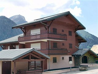 2 bedroom Apartment in Chatel, Auvergne-Rhone-Alpes, France : ref 5061439