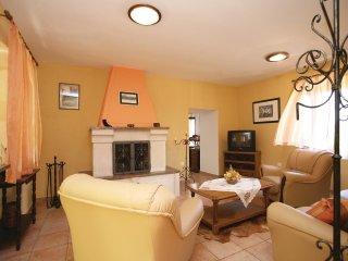 2 bedroom Villa in Kršan, Istria, Croatia : ref 5520308