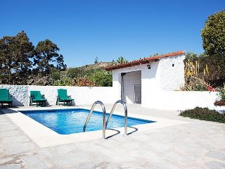 2 bedroom Villa with Pool and WiFi - 5078926