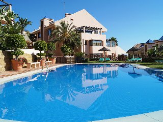 2 bedroom Apartment in Sitio de Calahonda, Andalusia, Spain : ref 5060226