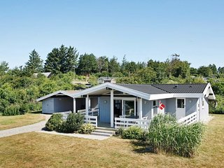 Vester Lem Holiday Home Sleeps 6 with WiFi - 5042057