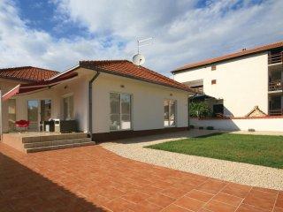 3 bedroom Villa in Vodice, Sibensko-Kninska Zupanija, Croatia : ref 5526698