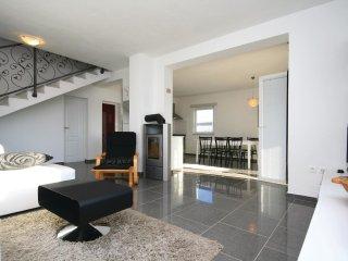 5 bedroom Villa in Drinovci, Šibensko-Kninska Županija, Croatia : ref 5526744
