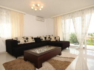 One bedroom apartment Icici, Opatija (A-7785-b)
