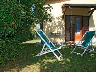 2 bedroom Villa in Forte dei Marmi, Tuscany, Italy : ref 5055080
