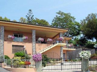 2 bedroom Villa in Moiano, Liguria, Italy : ref 5444254