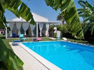 2 bedroom Villa in Marina di Ragusa, Sicily, Italy : ref 5218181