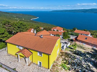 4 bedroom Villa in Jurasi, Istarska Zupanija, Croatia : ref 5439328