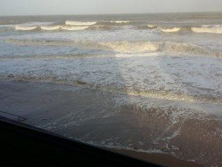 Vue plage de Juno Beach a courseulles/mer, logement renove 6 personnes avec wifi