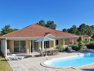 4 bedroom Villa in Lacanau, Nouvelle-Aquitaine, France : ref 5434900