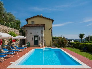 4 bedroom Villa in Camaiore, Tuscany, Italy : ref 5055152