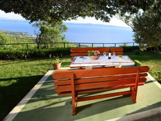 Tucepi Holiday Home Sleeps 8 with Air Con and WiFi - 5466625