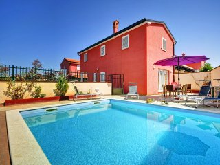 3 bedroom Apartment in Rovinjsko Selo, Istria, Croatia : ref 5557344