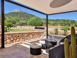 2 bedroom Villa in Cala d'Or, Balearic Islands, Spain : ref 5251839