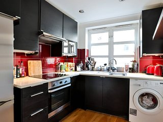 Great 2BR flat in a great part of London