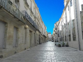 2 bedroom Apartment in Poitiers, Nouvelle-Aquitaine, France : ref 5058405