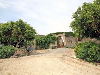 4 bedroom Villa in Cuccumella, Sicily, Italy : ref 5544606