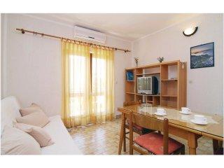 5 bedroom Villa in Srima, Šibensko-Kninska Županija, Croatia : ref 5535870