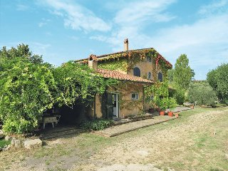 5 bedroom Villa in Monte Santa Maria, Latium, Italy : ref 5440504