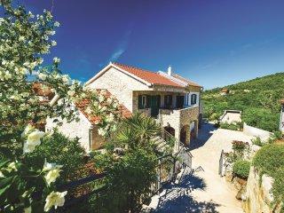 4 bedroom Villa in Udrazi, Sibensko-Kninska Zupanija, Croatia : ref 5562604