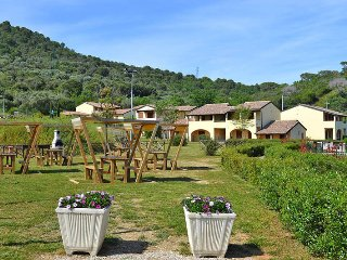 2 bedroom Apartment in Suvereto, Tuscany, Italy : ref 5446552