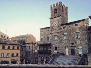 2 bedroom Apartment in Cortona, Tuscany, Italy : ref 5472634