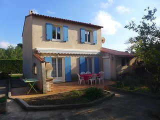 3 bedroom Villa in Hyeres, Provence-Alpes-Cote d'Azur, France : ref 5311017