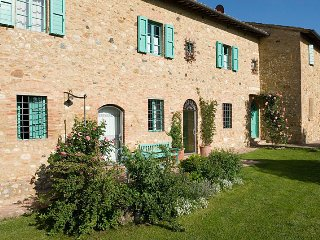1 bedroom Apartment in San Gimignano, Tuscany, Italy : ref 5455293